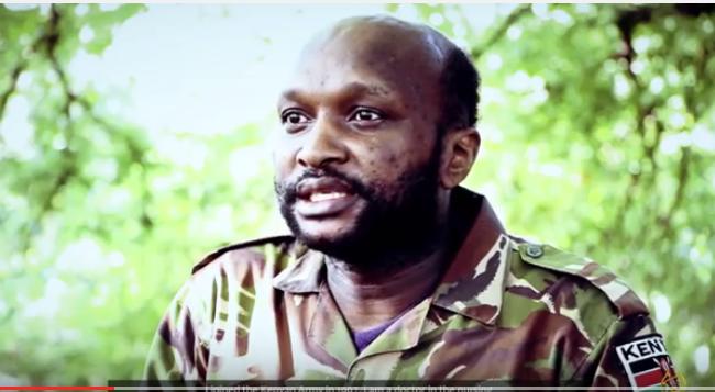 Daawo Muuqaal Askari Kenyan ah oo ay Baahisay Kooxda Al shabab.