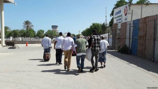 Their American Dream Deferred, Deported Somalis Arrive Home